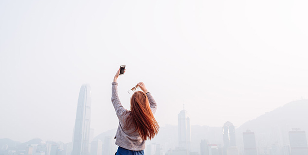 This is how taking selfies can help you lose weight