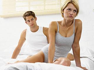 ये लक्षण बताते हैं कि आपको है सेक्सोलॉजिस्ट से मिलने की जरूरत