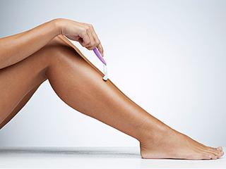 क्या शेविंग का तरीका खराब कर रहा है आपके पैर
