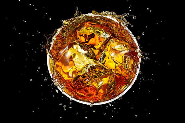 कार्बोनेटेड युक्त ड्रिंक