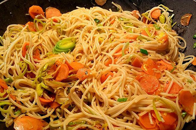 नूडल्स और सूप