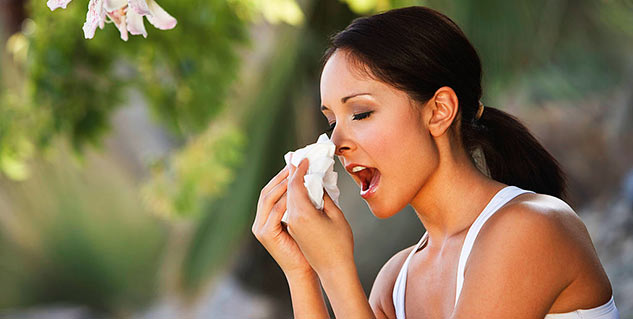 why we shut our eyes when we sneeze