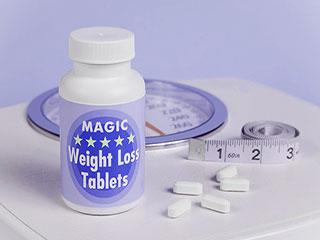 अगर वजन घटाने के लिए ले रहे हैं डायट पिल्स, तो हो जाएं सावधान!