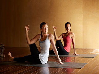 <strong>Yoga</strong> asanas to preserve your breast health