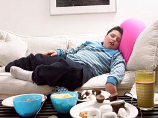 बच्चों को मोटापे से बचाना चाहते हैं, तो उनकी समय पर सोने की आदत डालें