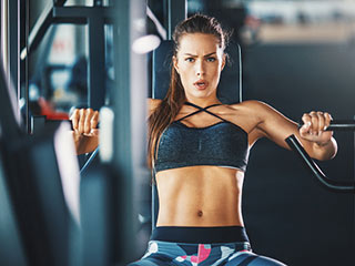 Invest just 15 minutes in this total-body workout to have a toned torso!