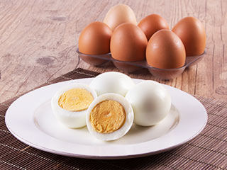 Do whole eggs help burn belly fat?