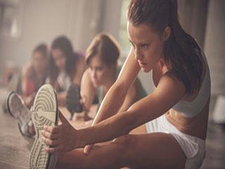 महिलाओं की केवल 30 मिनट की एक्सरसाइज करती है उन्हें पॉजिटिव