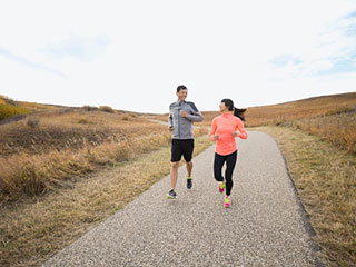 5 amazing benefits of doing cardio in the morning