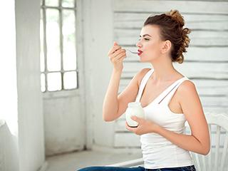 महिलाओं की कमजोर हड्डियों को मजबूत बनाती है ये चीज