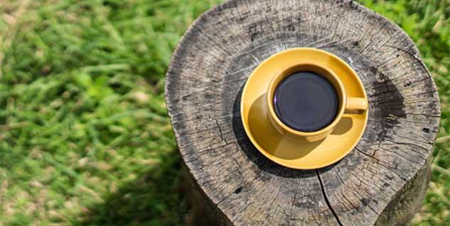 Black tea magic: Get back your shiny locks