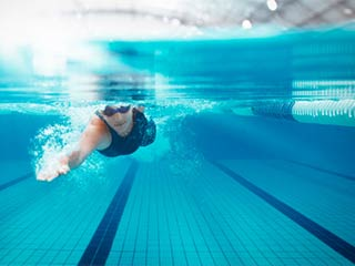 These 5 health benefits make swimming the best workout