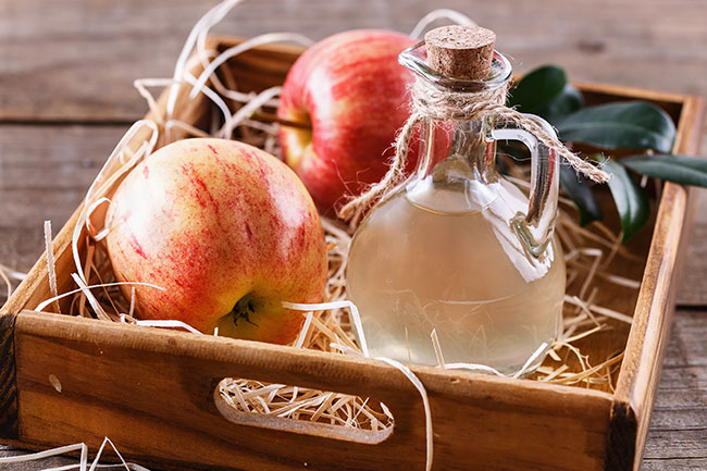 Apple cider vinegar to control high levels of uric acid