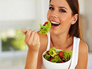 'शाकाहारी या मांसाहारी' कौन होते हैं अधिक सेहतमंद? जानिए