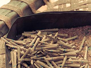 क्या सरकार सभी तंबाकू उत्पादों पर 28 प्रतिशत जीएसटी बढ़ाएगी...?