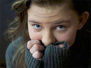 जानिए क्यों हकलाते हैं लोग? इससे छुटकारा पाएं इन 5 उपायों से!