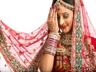 ये हैं शादी के लहंगे में फिट दिखने के 6 राज
