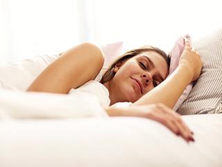 6 और 8 घंटे की नींद के अंतर के शरीर पर पड़ने वाले प्रभावों को जानें!