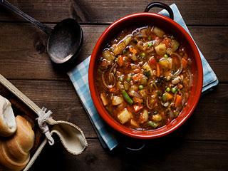 रोजमर्रा की इन 6 चीजों से बनायें इम्यूनिटी बढ़ाने वाला सूप