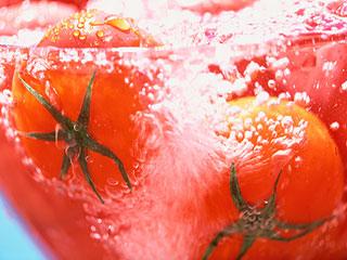 फलों में मौजूद पेस्टीसाइड से छुटकारा पाने का सबसे आसान तरीका