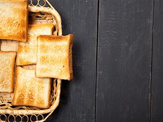 तली-भुनी ब्रेड और आलू देते हैं कैंसर को न्यौता