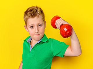 क्या आपके बच्चे को भी जिम करना चाहिए, जानें
