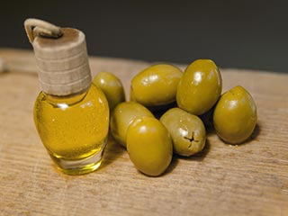 5 Signs you are using olive oil in wrong way