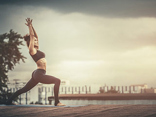 Bid good bye to gallstones with these 3 simple <strong>yoga</strong> poses