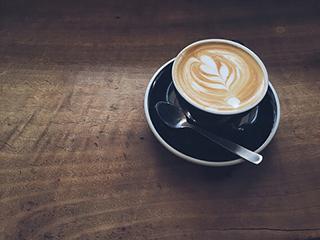 एक कप कॉफी आपको दे सकती है लंबी उम्र!
