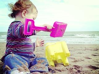 बच्चों को मिट्टी में खेलने से न रोकें, बढ़ेगी प्रतिरोधक क्षमता!
