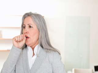 वैज्ञानिकों के मुताबिक, 'गिली और सूखी खांसी के लिए एक ही दवा होनी चाहिए'