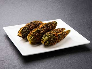 How to make delicious stuffed karela at home