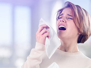 These natural home remedies can help you stop sneezing
