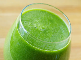Reasons to drink fresh spinach juice daily