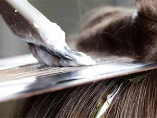 How to remove hair dye from skin and hair DIY