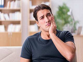 इस 'जानलेवा' बीमारी का संकेत है दांतों की झनझनाहट