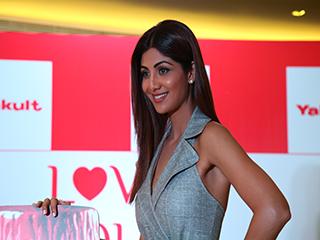 शिल्पा शेट्टी की स्लिम बॉडी का राज है उनकी ये 2 गुड फूड हैबिट्स, आप भी सीखें इन्हें...