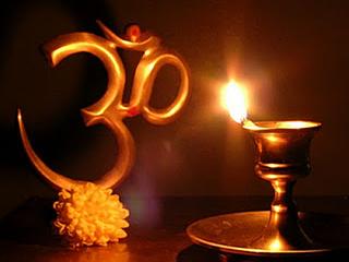 नवरात्र में जलाएं अखंड ज्योत, होंगे ये चमत्कारिक फायदे