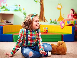 विश्व ऑटिज्म जागरूकता दिवस : बच्चों में होने वाली इस बीमारी का इलाज है स्पेशल केयर