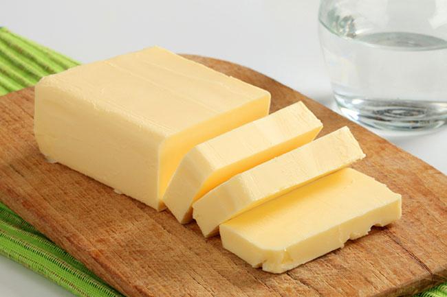 मक्खन से होगी स्किन सॉफ्ट