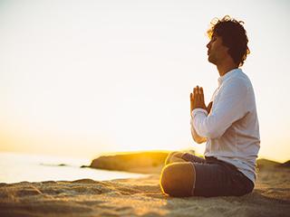 पुरुषों को जरूर करने चाहिए ये 4 योगासन, जानें क्यों?