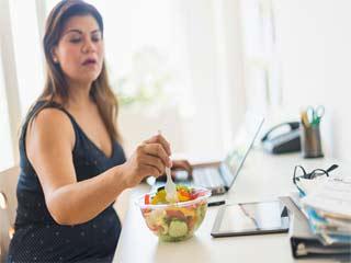 दिल के दौरे के खतरे से बचना चाहते हैं, तो मोटापे से बचें