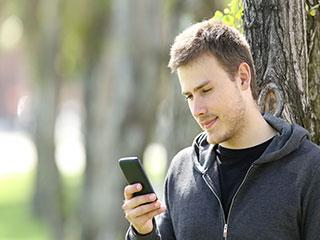 फेसबुक के ज्यादा इस्तेमाल से आप हो सकते हैं दुखी और अस्वस्थ, जानें कैसे