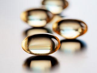 सर्दियों में बीमारी से बचना है तो रोजाना लें ये 5 विटामिन