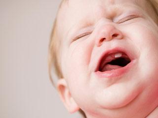 स्वास्थ्य के साथ ही शिशु के मुंह की सफाई भी है जरूरी