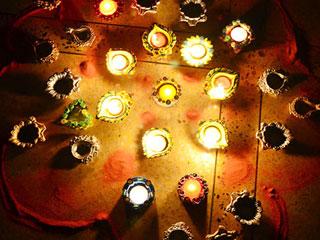 पटाखों के साथ इस तरह मनाएं दिवाली, दूर भागेगी बीमारी