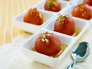 डायबिटीज है और मिठाई खाने का मन करता है? तो खाएं ये 7 शुगर फ्री मिठाइयां