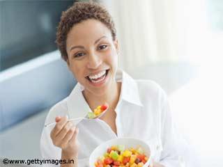 पतली कमर चाहते हैं, तो जानें ये 5 फूड्स क्यों खाने चाहिए
