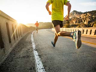 रोजाना दौड़ लगाइए, आपकी बढ़ती उम्र थम जाएगी: शोध