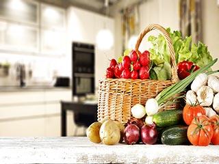 दिन में कम से कम 7 बार खाएं फल और सब्जी, जानें क्यों